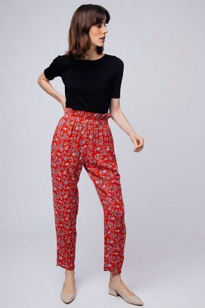 Pantalon-LIPSI-paper-bag-rojo-flores-compania-fantastica-2