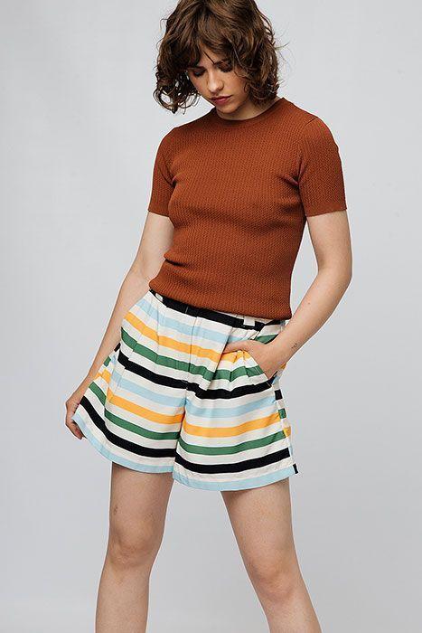 Shorts-BANANA-rayas-compañia-fantastica